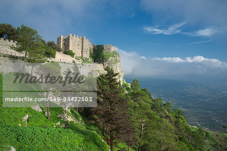 Venus castle, Erice, Sicily, Italy Stock Photo - Premium Royalty-Free, Image code: 649-08422503