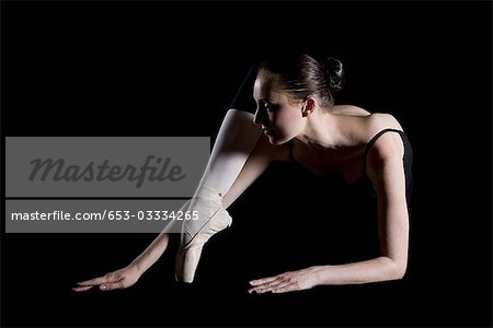 A ballet dancer posing Stock Photo - Premium Royalty-Free, Image code: 653-03334265