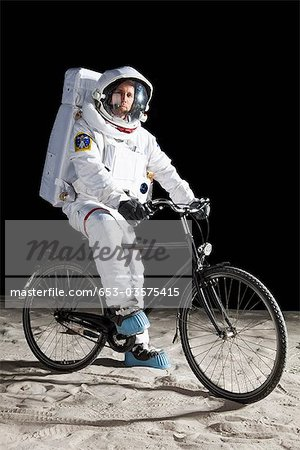 Astronaut Chilling On the Moon (page 2) - Pics about space