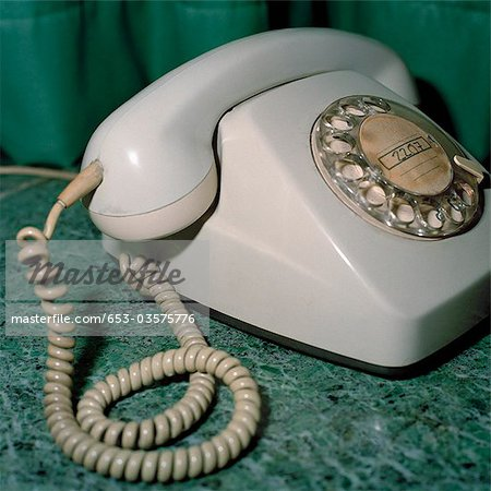 An old fashioned telephone Stock Photo - Premium Royalty-Free, Image code: 653-03575776