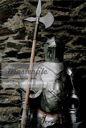 Suit of armor with an axe Stock Photo - Premium Royalty-Free, Image code: 653-03706057