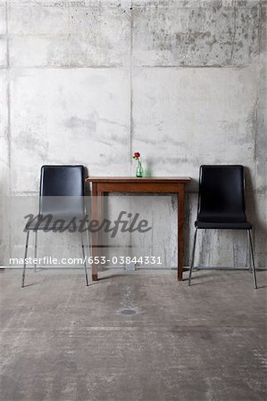 Two chairs and a table Stock Photo - Premium Royalty-Free, Image code: 653-03844331