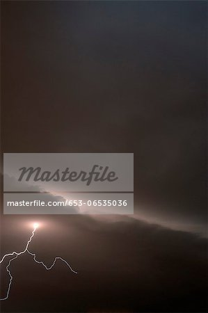 Forked lightening in a stormy sky Stock Photo - Premium Royalty-Free, Image code: 653-06535036