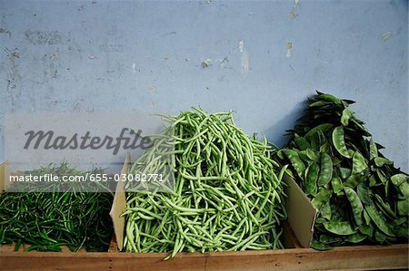 Three types of green beans in Little India,Singapore. Stock Photo - Premium Royalty-Free, Image code: 655-03082771