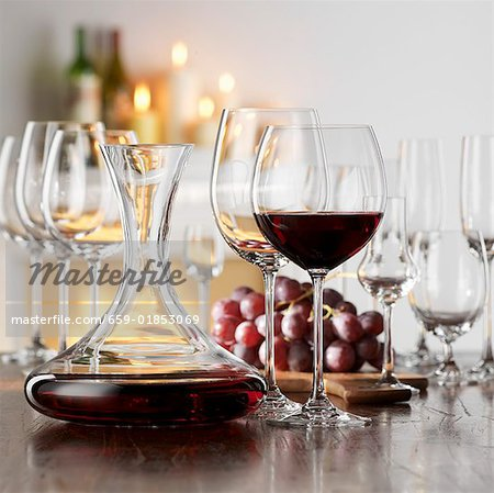 Still life with red wine in glass and decanter Stock Photo - Premium Royalty-Free, Image code: 659-01853069