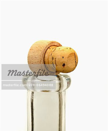 A cork on top of a bottle Stock Photo - Premium Royalty-Free, Image code: 659-06494088
