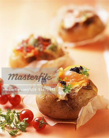 Patate ripiene al salmone (baked potatoes with salmon, Italy) Stock Photo - Premium Royalty-Free, Image code: 659-06670943