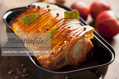 Crispy, roasted cutlets Stock Photo - Premium Royalty-Free, Image code: 659-06902698