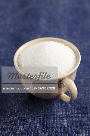 Sea salt in a cup Stock Photo - Premium Royalty-Free, Image code: 659-06902828