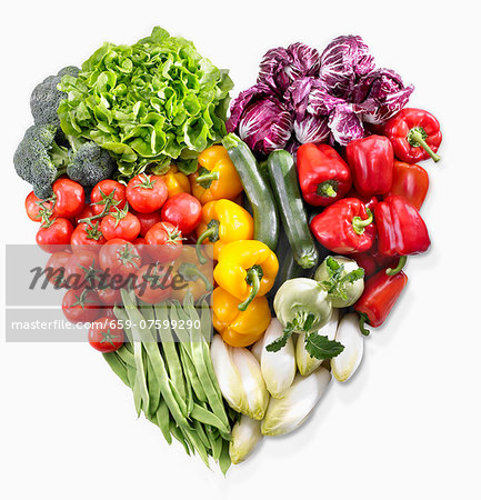 A heart made of vegetables and lettuce Stock Photo - Premium Royalty-Free, Image code: 659-07599290