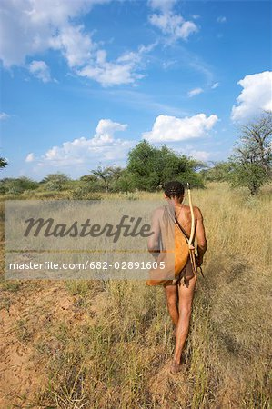 Bushman hunting, Gobabis, Namibia Stock Photo - Premium Royalty-Free, Image code: 682-02891605