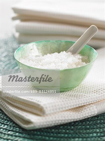 Peeling salts in a bowl Stock Photo - Premium Royalty-Free, Image code: 689-03124851