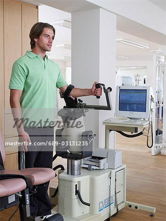young man working out Stock Photo - Premium Royalty-Free, Image code: 689-03131235