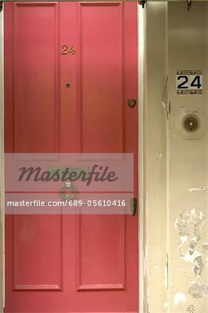 Closed front door Stock Photo - Premium Royalty-Free, Image code: 689-05610416