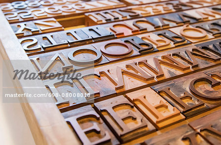 Wooden letterpress blocks Stock Photo - Premium Royalty-Free, Image code: 698-08008018