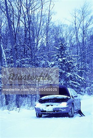 Stalled Car at Roadside in Winter, Ontario, Canada Stock Photo - Rights-Managed, Image code: 700-00065025