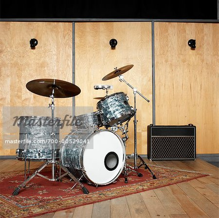 1000 images about oriental rugs in recording studios on pinterest. Black Bedroom Furniture Sets. Home Design Ideas
