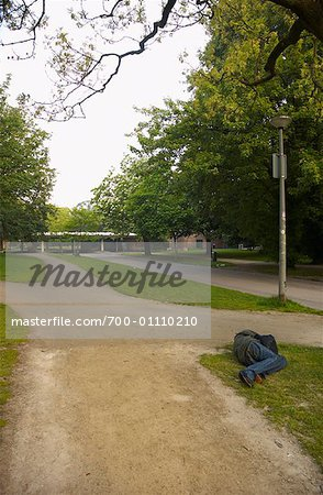 Person Sleeping in Vondelpark, Amsterdam, Netherlands Stock Photo - Rights-Managed, Image code: 700-01110210