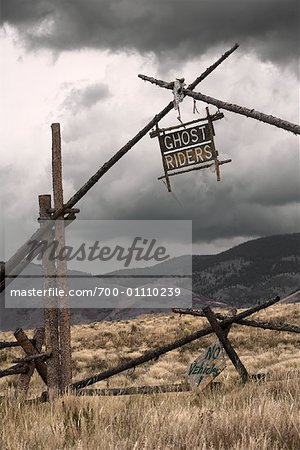 Ranch Sign, New Mexico Stock Photo - Rights-Managed, Image code: 700-01110239