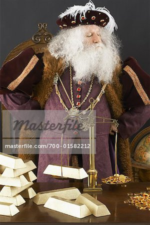 King Weighing Gold Bars Stock Photo - Rights-Managed, Image code: 700-01582212