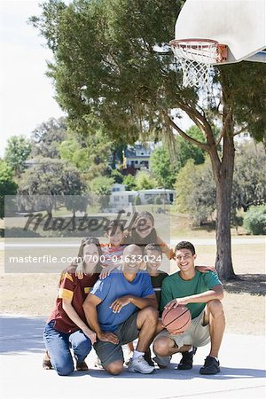 Portrait of Family on Basketball Court Stock Photo - Rights-Managed, Image code: 700-01633024