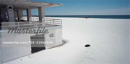 Beach Building and Woman's Change Room in Winter, Coney Island, New York, USA Stock Photo - Rights-Managed, Image code: 700-02694094