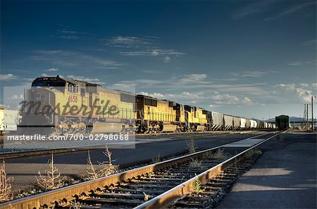 Freight Train, Klamath Falls, Oregon, USA Stock Photo - Rights-Managed, Image code: 700-02798068
