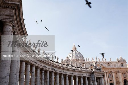 St Peter's Square, Vatican City, Rome, Italy Stock Photo - Rights-Managed, Image code: 700-02935401