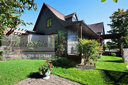 Country House, Fitch Bay, Quebec, Canada Stock Photo - Rights-Managed, Image code: 700-03178364