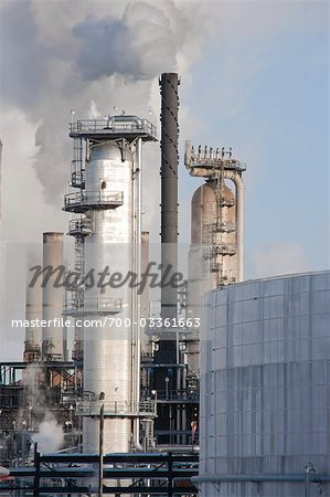Oil Refinery. Edmonton, Alberta, Canada Stock Photo - Rights-Managed, Image code: 700-03361663