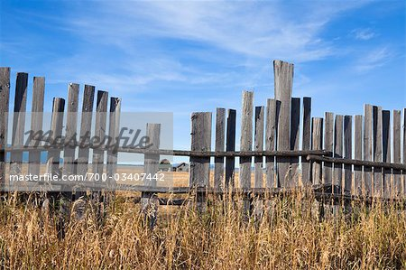 Old Farm through Wooden Fence, Mormon Row, Jackson Hole, Grand Teton National Park, Wyoming, USA Stock Photo - Rights-Managed, Image code: 700-03407442