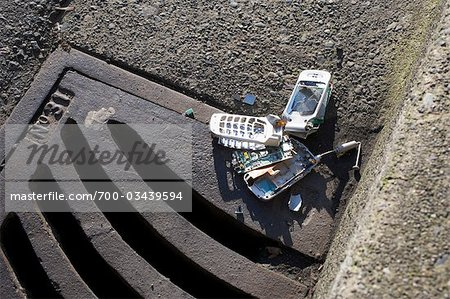Broken Cell Phone Stock Photo - Rights-Managed, Image code: 700-03439594