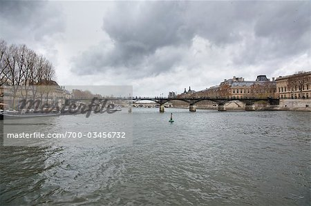 Pont des Arts, River Seine, Paris, Ile-de-France, France Stock Photo - Rights-Managed, Image code: 700-03456732