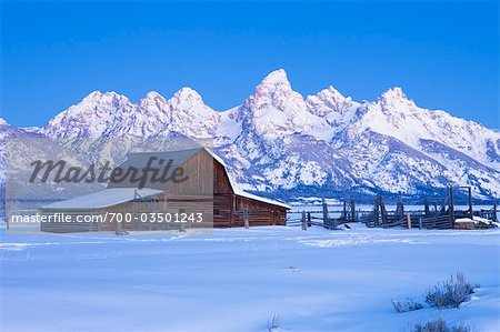 Moulton Barn in Winter, Grand Teton Mountain National Park, Wyoming, USA Stock Photo - Rights-Managed, Image code: 700-03501243