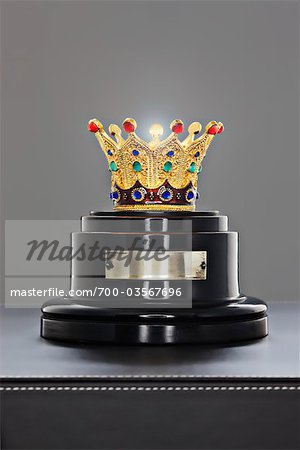Crown on a Stand Stock Photo - Rights-Managed, Image code: 700-03567696