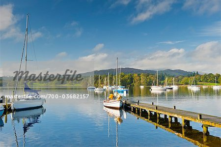 Sailboats on Lake Windermere, Lake District, Cumbria, England Stock Photo - Rights-Managed, Image code: 700-03682157