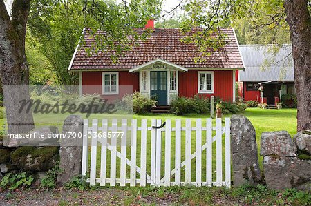 Red House With Garden, Sweden Stock Photo - Rights-Managed, Image code: 700-03685777