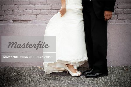 Bride and Groom's Feet Stock Photo - Rights-Managed, Image code: 700-03739051