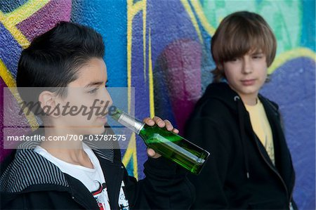 A observation of teenage (underage)drinking due to peer pressure?