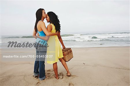 Couple Kissing on Beach Stock Photo - Rights-Managed, Image code: 700-05451037