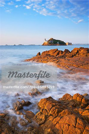 View of Louet Island, Bay of Morlaix, Finistere, Bretagne, France Stock Photo - Rights-Managed, Image code: 700-05803759