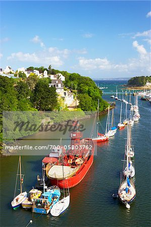 Boats Moored in Harbour, Port Rhu, Douarnenez, Finistere, Bretagne, France Stock Photo - Rights-Managed, Image code: 700-05803762