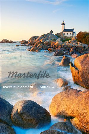 Lighthouse on Rocky Coastline, Brignogan-Plage, Finistere, Bretagne, France Stock Photo - Rights-Managed, Image code: 700-05803764
