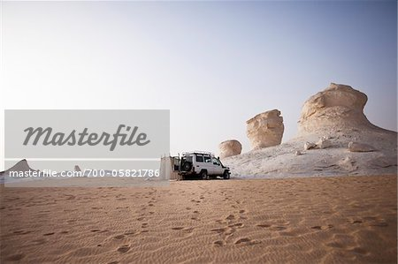 Jeep Camping, White Desert, Libyan Desert, Egypt Stock Photo - Rights-Managed, Image code: 700-05821786
