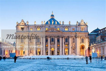 St Peter's Basilica in Winter, Vatican City, Rome, Italy Stock Photo - Rights-Managed, Image code: 700-05948124