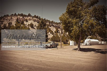 Pickup Truck and Storage Tank, Mount Carmel Junction, Utah, USA Stock Photo - Rights-Managed, Image code: 700-05972990