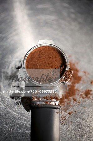 commercial espresso machine has 13-liter