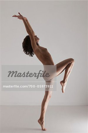 Nude Woman in Studio Stock Photo - Rights-Managed, Image code: 700-05973911