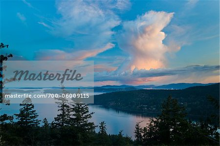 Clouds at Sunset from Reginald Hill, Salt Spring Island, British Columbia, Canada Stock Photo - Rights-Managed, Image code: 700-06009115