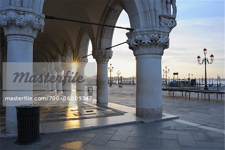 Doge's Palace at Dawn, Venice, Veneto, Italy Stock Photo - Rights-Managed, Image code: 700-06009347